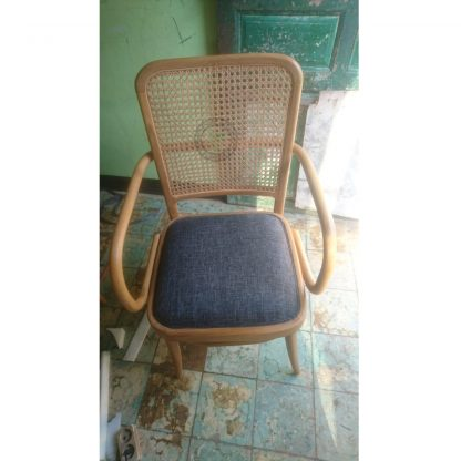 Best Cafe Chairs