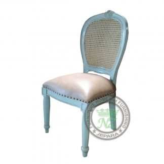 Classic Medalion Dining Chair